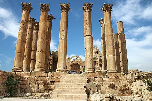 Temple of Artemis - Jordan - Jerash - Jordan Day Tour & More
