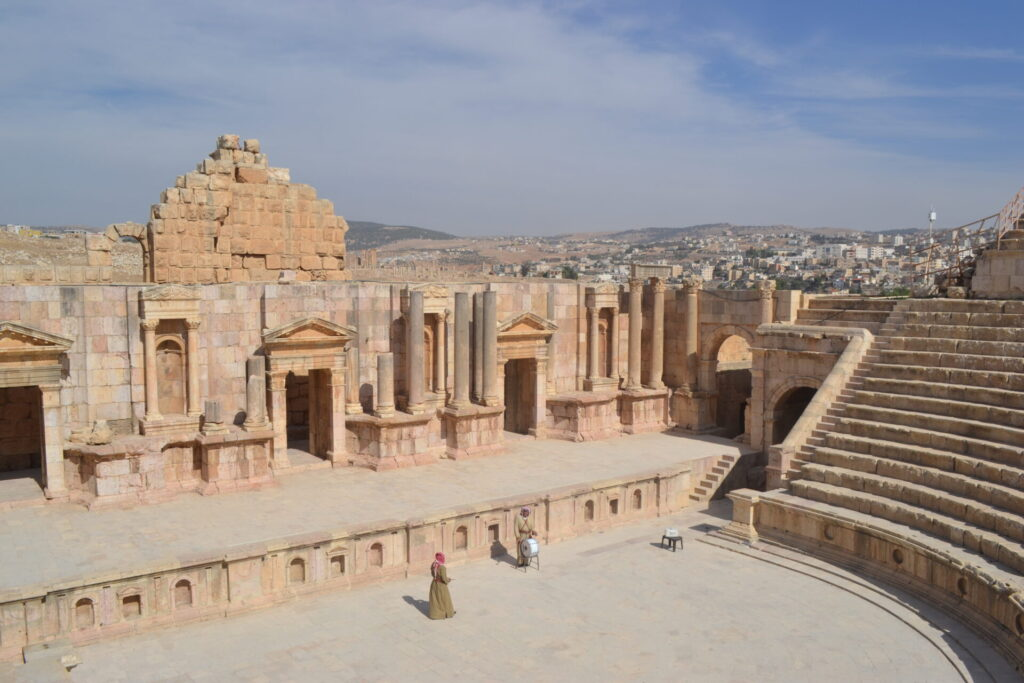 The South Theater - Jordan Day Tour and More - The Roman City