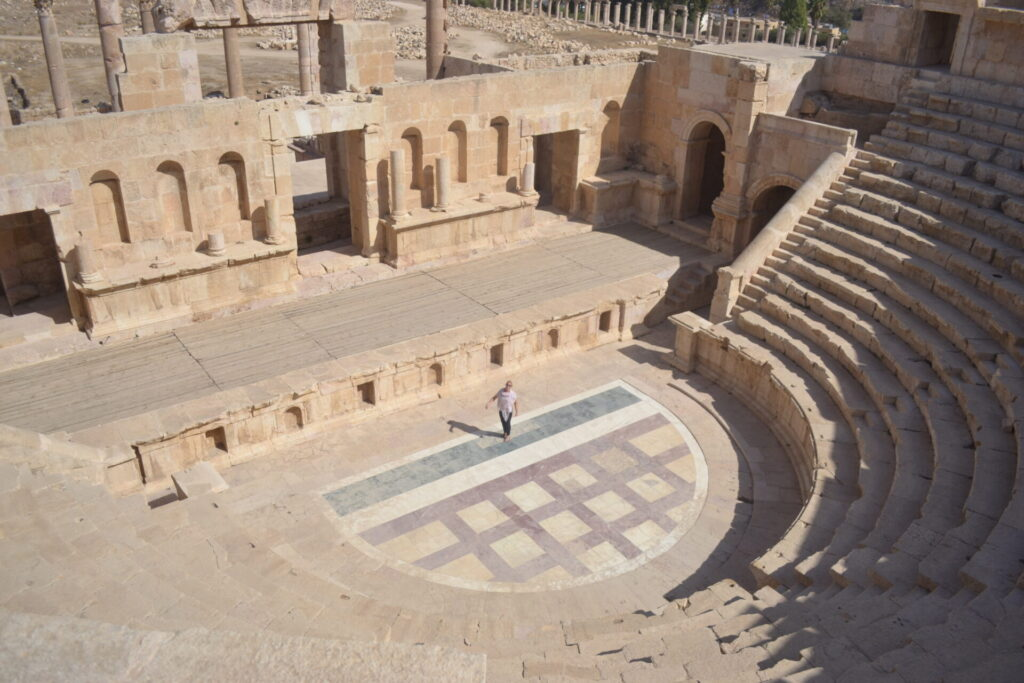 The South Theater -Jordan Day Tour and More - Roman City